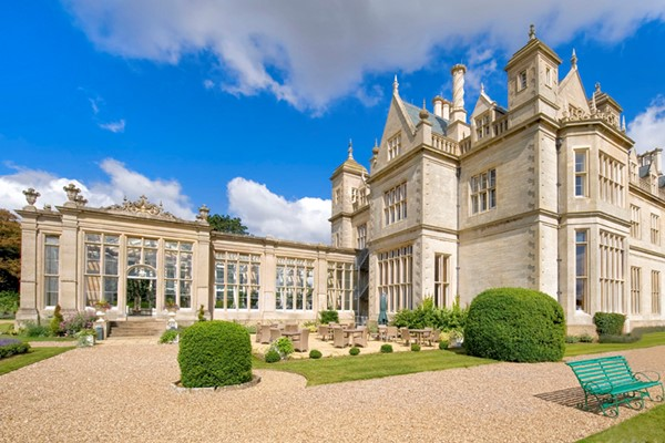 Overnight Luxury Escape with Dinner and Fizz at Stoke Rochford Hall