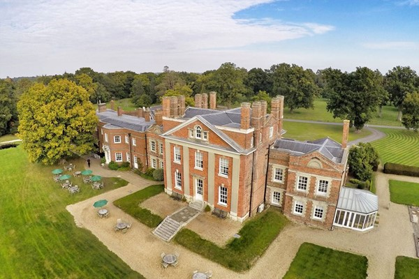 One Night Stay with Dinner and Fizz at Warbrook House and Grange