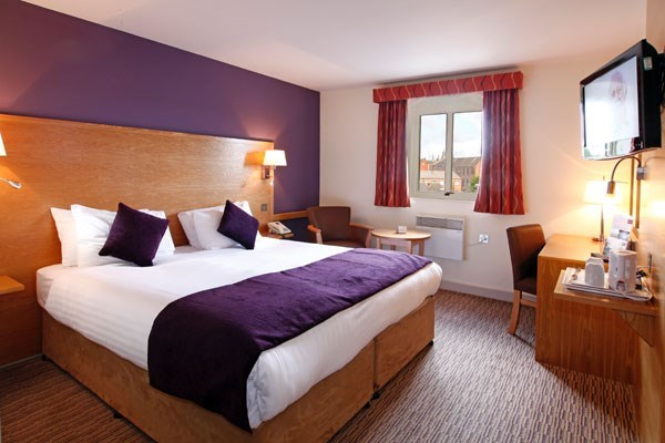 Two Night Break at The Mercure Wigan Oak Hotel
