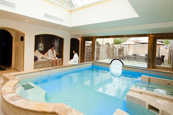 Overnight Spa Break with 25 Minute Treatment and Dinner at a Bannatyne Hotel