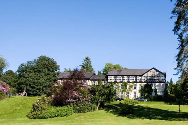 One Night Spa Escape with Two Treatments and Dinner for Two at Lake Country House