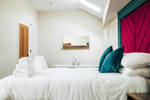 One Night Stay in a Studio for Two at Goldings