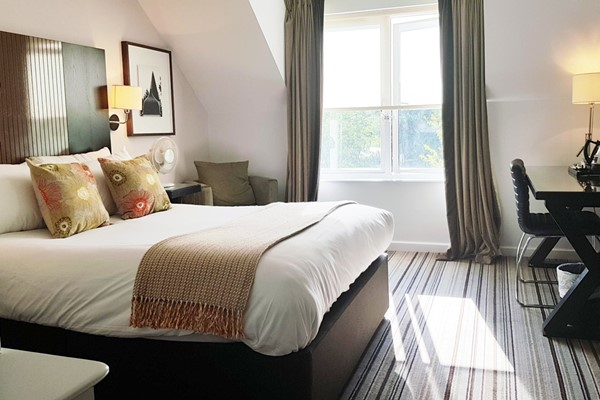 Overnight Spa Break with Treatment and Dinner for Two at Warbrook House and Grange