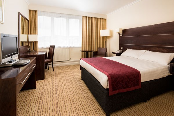 One Night Hotel Break with Dinner at Mercure Inverness Hotel