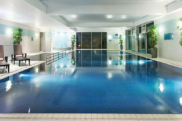Overnight Escape with a 25 Minute Treatment each and Fizz for Two at Crowne Plaza Marlow