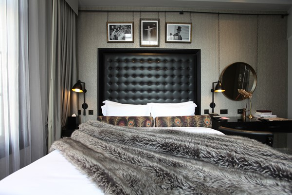 Overnight Stay with a Three Course Meal and a Glass of Prosecco for Two at Hotel Gotham