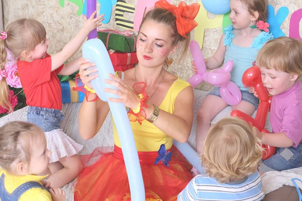 Online Children's Entertainment Diploma Course for One