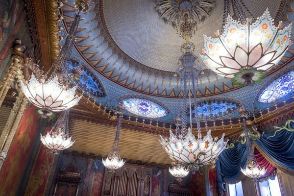 Tour of Brighton Royal Pavilion with Cream Tea for Two