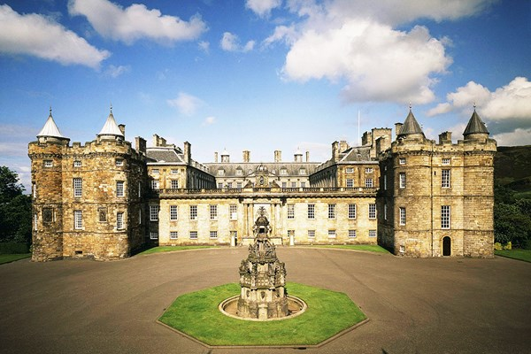 Visit to Palace of Holyrood House and Vintage Bus Afternoon Tea Experience for Two
