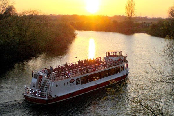 York Floodlit Evening Cruise With Prosecco For Two