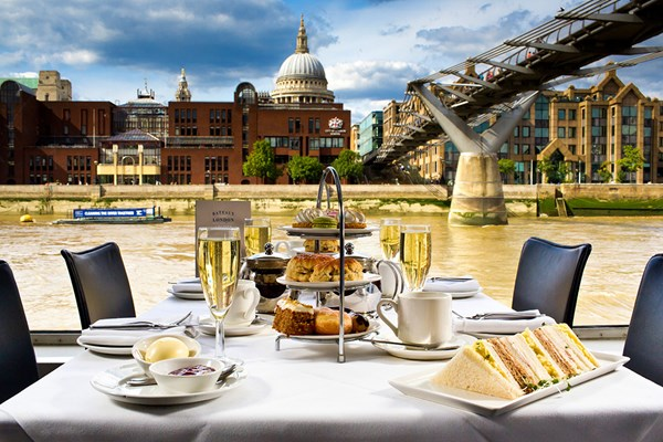 Bateaux Champagne Afternoon Tea Cruise on the River Thames for Two