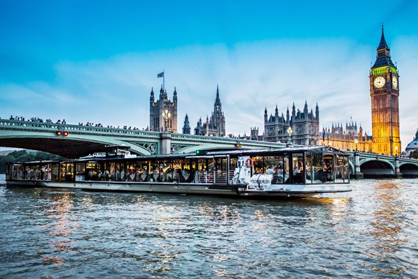 Superior Bateaux Five Course Dinner Thames Cruise with Live Entertainment for Two