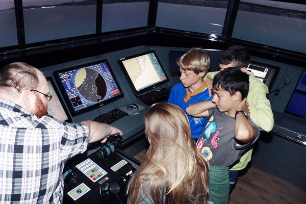 Ship Simulator Experience for Four