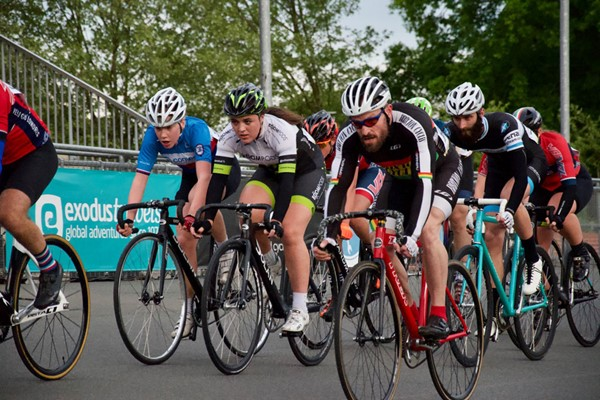 Velodrome Track Cycling Experience for One in Herne Hill