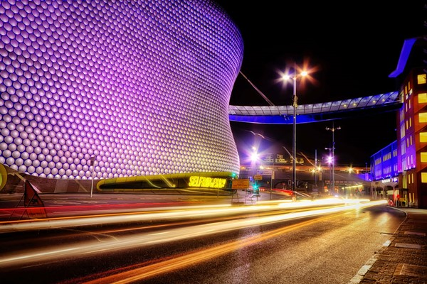 A Birmingham Photography Tour at Night for Two