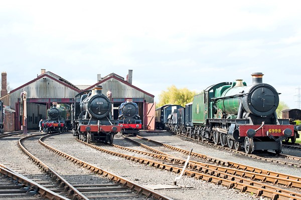 Family Steam and Diesel Train Day Out at Didcot Railway Centre