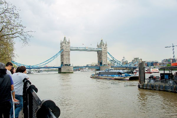 Vintage Bus Tour of London, Thames River Cruise and London Eye for Two