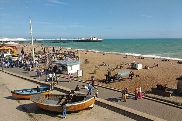 Brighton Running and Dancing Tour for Two Adults and Two Children
