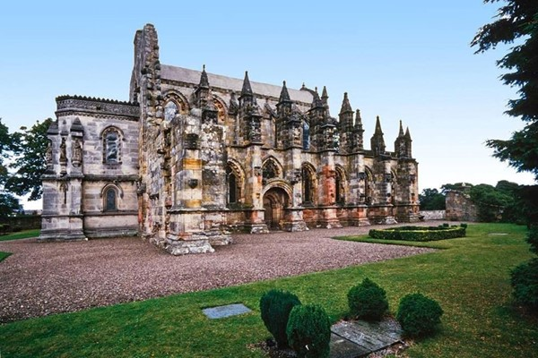 Rosslyn Chapel, Scottish Borders and Whiskey Tour from Edinburgh for Two