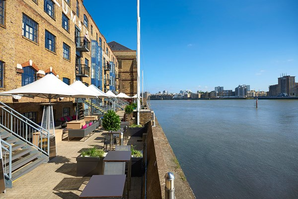 Bottomless Fizz Afternoon Tea for Two at Hilton London Docklands Riverside