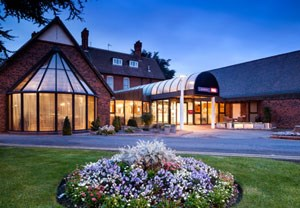 One Night Hotel Break with Dinner at Mercure Hull Grange Park