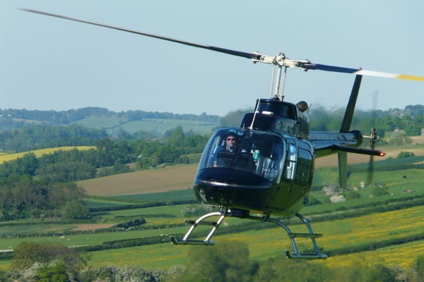 10 Minute Helicopter Tour With Bubbly For Two