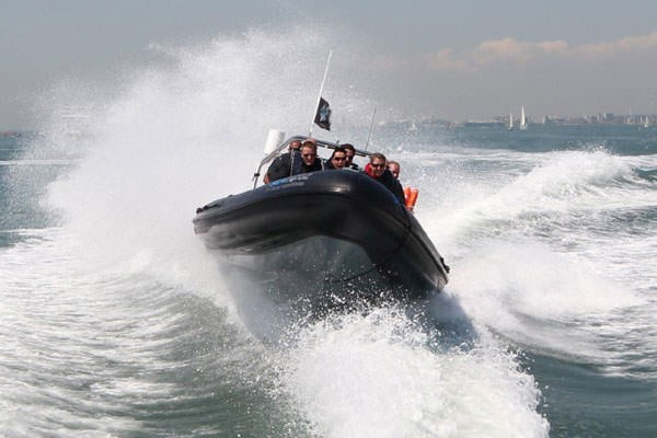 https://images.buyagift.co.uk/common/client/Images/Product/Extralarge/en-GB/seadogzrib-1.jpg