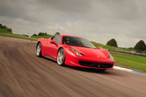 Ferrari 458 Vs Porsche Driving Experience At Thruxton