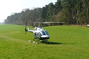 15 Mile Helicopter Flight With Bubbly For Two