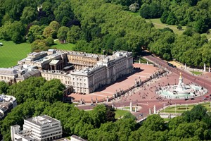 10 Minute London Helicopter Flight For One