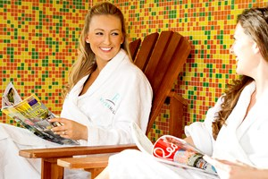2 For 1 Twilight Treat With Two Treatments And Fizz At Riverhills