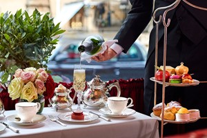 Bottomless Champagne Afternoon Tea For Two At The Rubens At The Palace