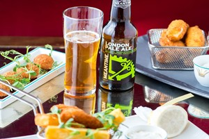Beer Flight With Sharing Platter For Two At The Rubens At The Palace