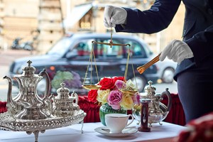 Golden Tips Tea Experience For Two At The Rubens At The Palace
