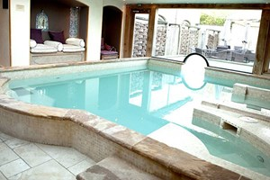Buy Deluxe Spa Escape with 65 minute Treatment and Dinner at Bannatyne Charlton House
