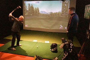 30 Minute Individual Golf Lesson For One At St Andrews Indoor Golf Centre