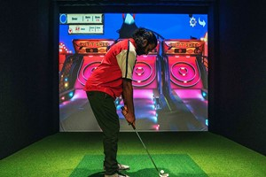 55 Minute Indoor Golf Simulation At Skratch18 For Four