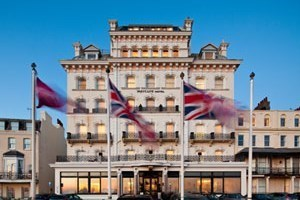 One Night Break with Dinner at the Mercure Brighton Seafront