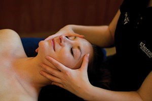 Buy One Night Spa Break with 25 Minute Treatment for Two at Bannatyne Darlington